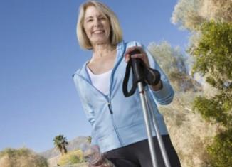 mujer madura haciendo ejercicio