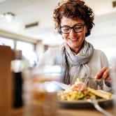 ¿Sabías que tu dieta puede dañar tu suelo pélvico?