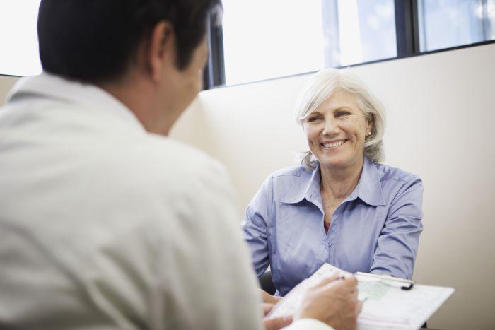 Mujer Madura en el ginecólogo