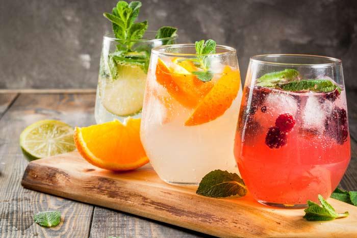 C cteles sin alcohol una alternativa saludable y divertida - Como hacer coctel de frutas ...